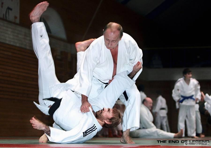 Putin zmasakroval Chucka Norrise