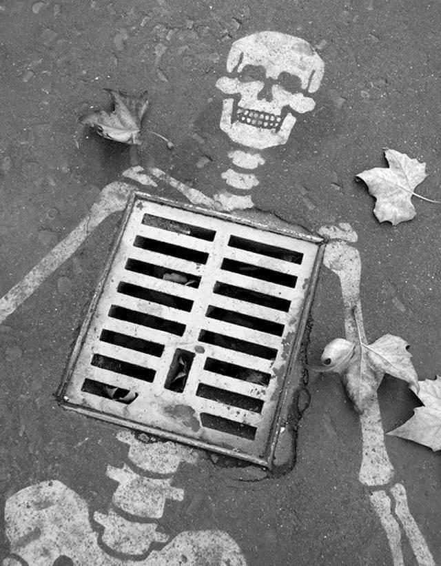 Smrtka číhá všude