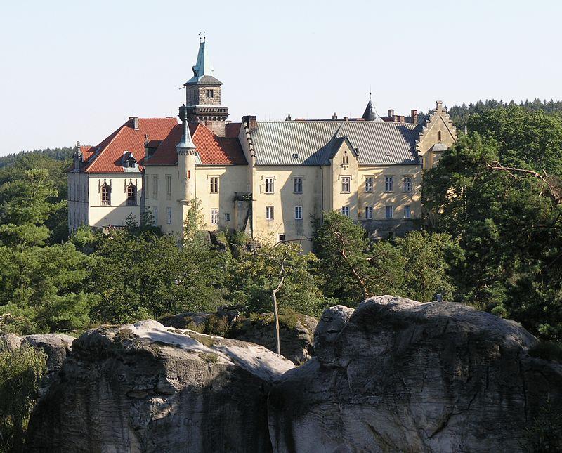 Hrubá Skála (zámek)