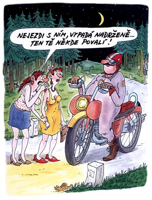 Motorkář v lese