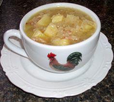 Couračka, polévka z kyselého zelí a brambor