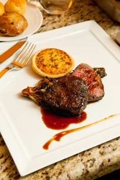 Srnčí steak s višněmi
